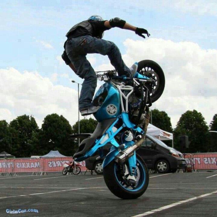 Bike Stunts Bikes Pinterest Stunts Stunt Bike And Street Bikes