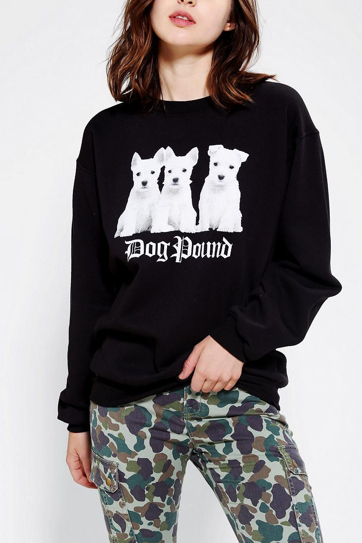 Petals And Peacocks Dog Pound Pullover Sweatshirt Sweatshirts Pullover Sweatshirt Clothes [ 1095 x 730 Pixel ]