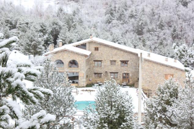 Resultado de imagen de Hotel Rural El Racó dels Àngels los pirineos