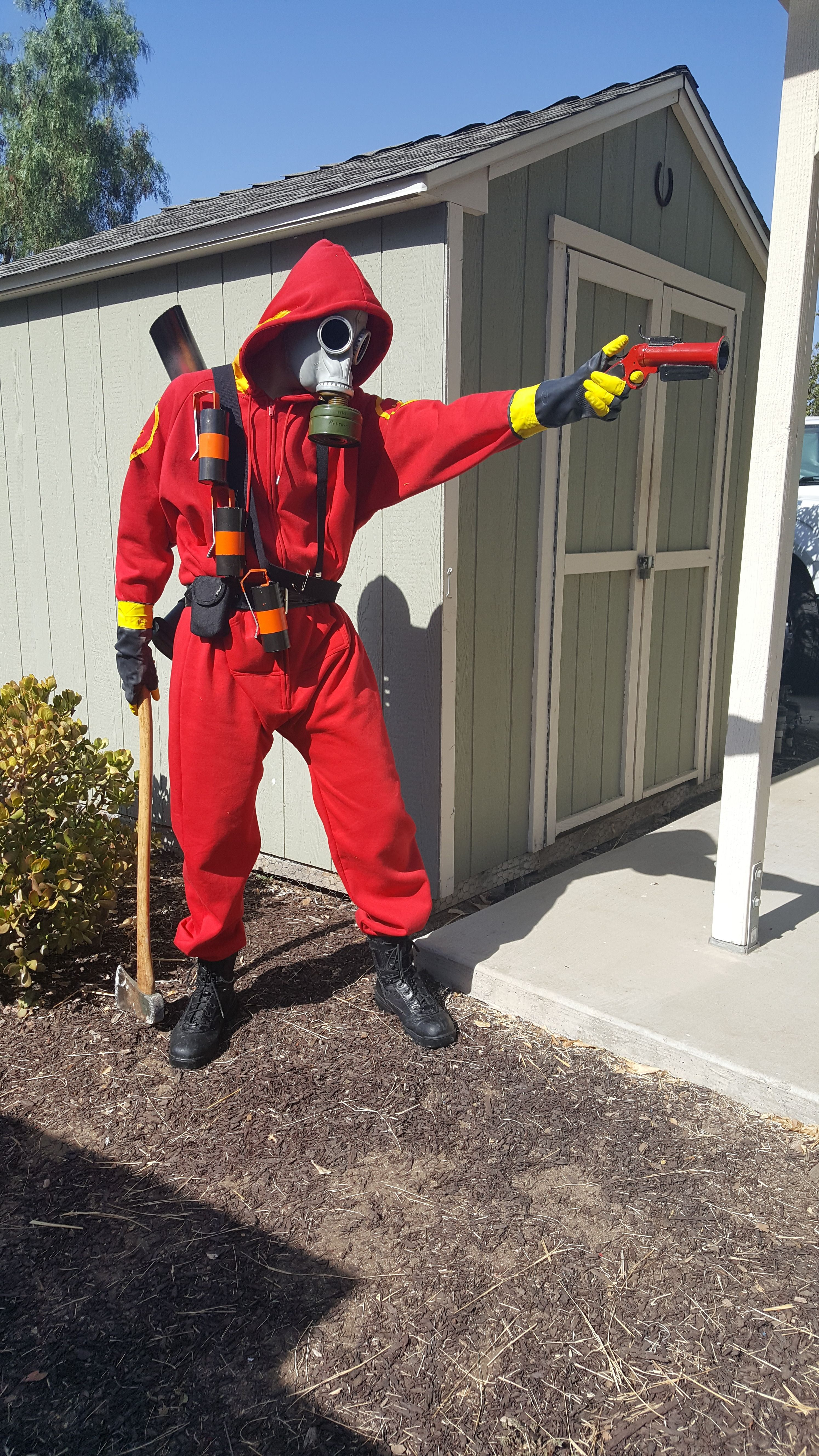 My Pyro Cosplay From Sdcc Games Teamfortress2 Steam Tf2