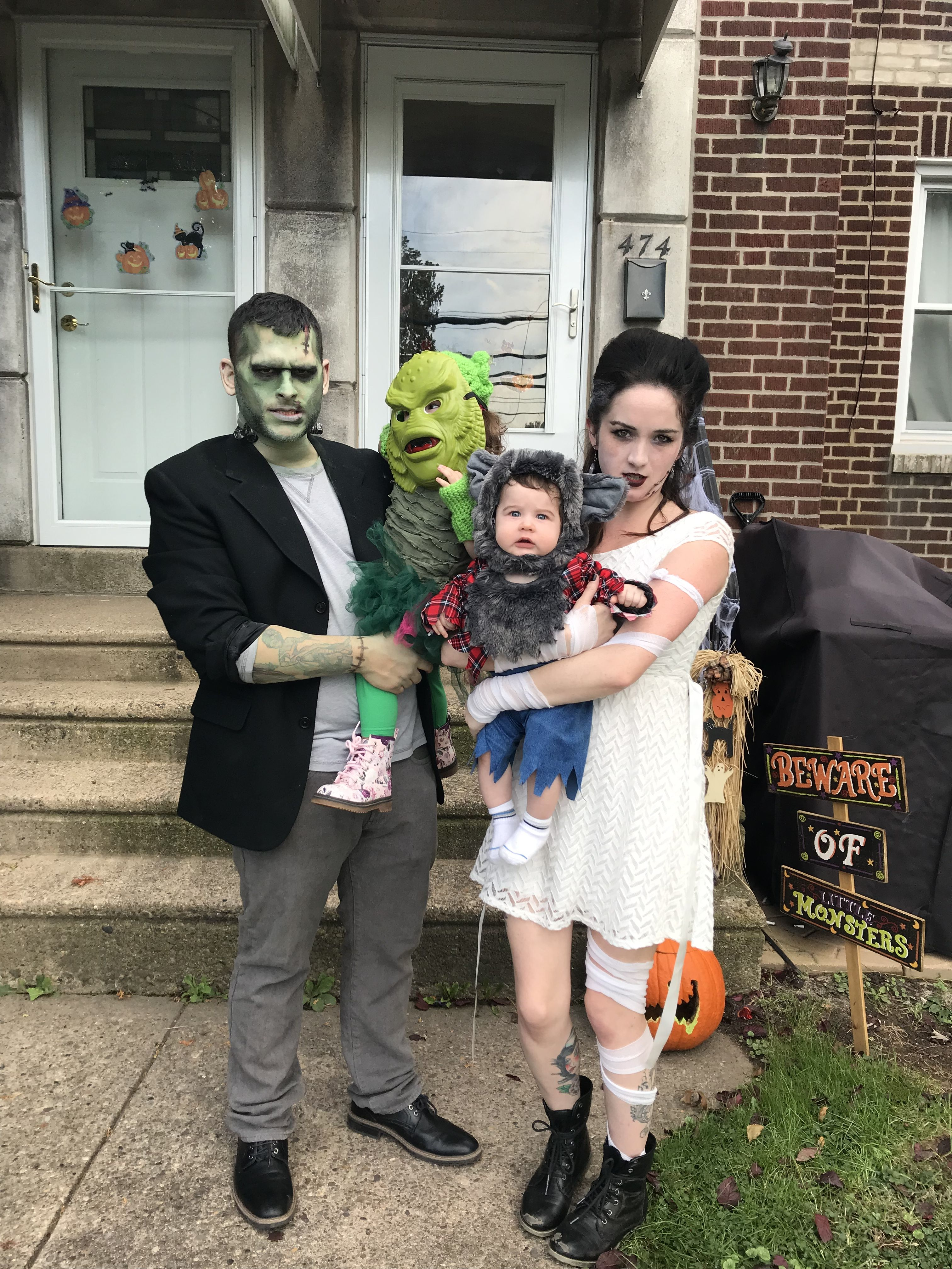 Universal Monsters Halloween Family Costumes Frankenstein The Bride Wolfman Creature From The Black Family Halloween Costumes Family Costumes Black Lagoon