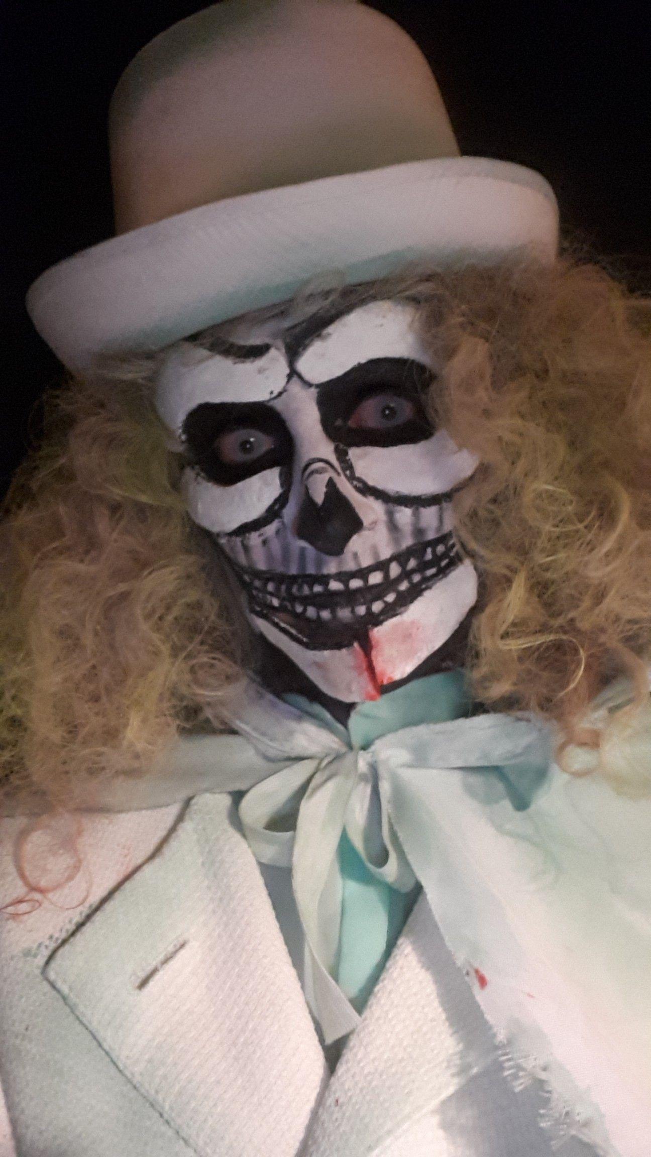 Hatbox Ghost Makeup Costume Diy Haunted Mansion Disney Ghost Makeup Hatbox Ghost Diy Costumes