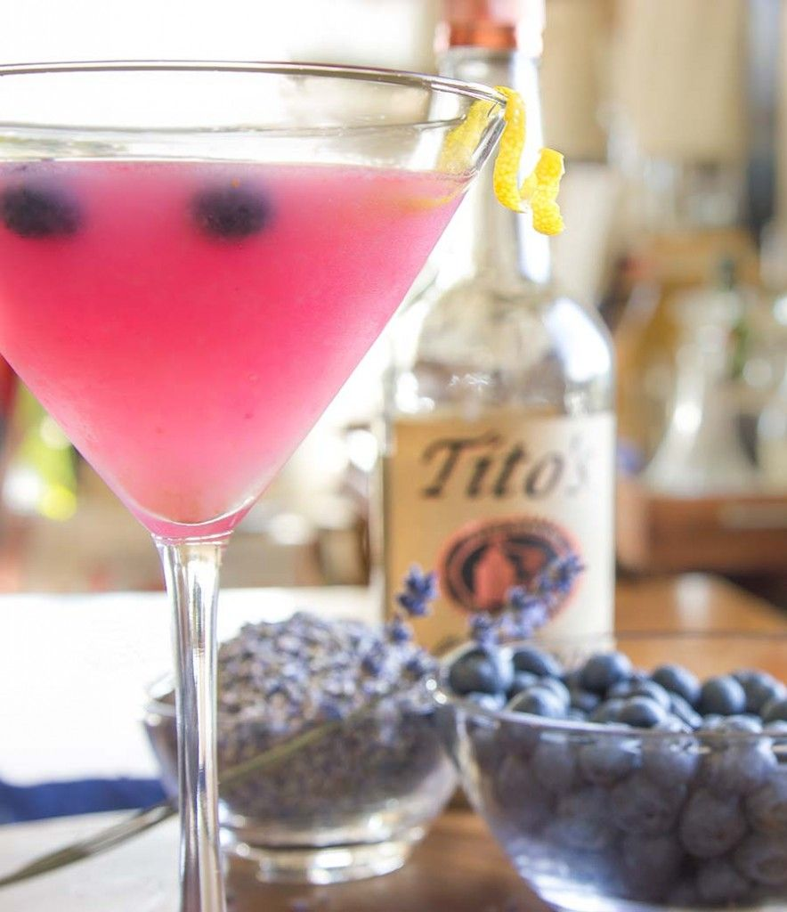 Fresh Blueberry and Lavender Cocktail Recipe