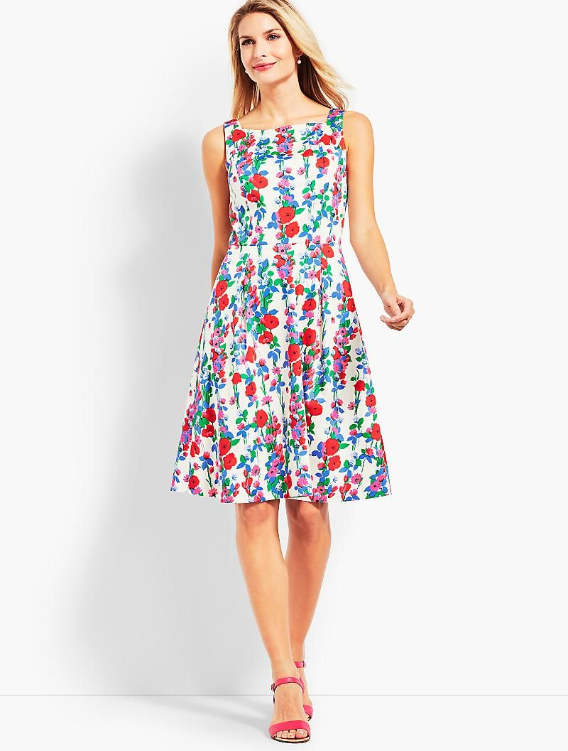 Trellis Floral Fit And Flare Dress Talbots Fit And Flare Dress Floral Fit Dresses [ 1057 x 800 Pixel ]
