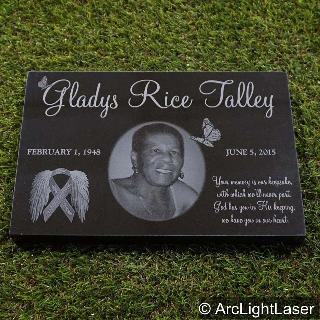 We Have Many Different Sizes Of Memorial Markers For The Cemetery Plus Many Smaller Sizes For Your Yard Mem Memorial Markers Granite Memorial Custom Memorial