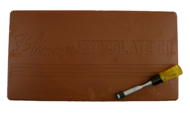 Blommer Meadowland 10 Lb Milk Chocolate Bar W Chocolate Chisel Chocolate Milk Chocolate Chocolate Bar