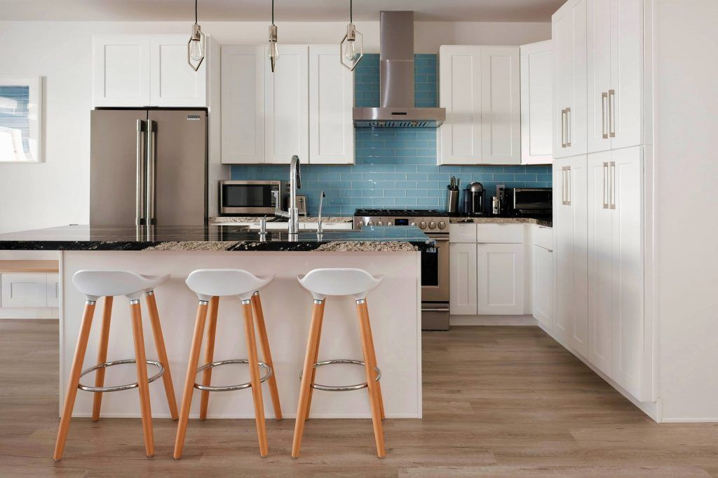 Secrets To Buying The Best Shaker Kitchen Cabinets Shaker Style Kitchen Cabinets Kitchen Cabinet Styles Shaker Style Cabinets