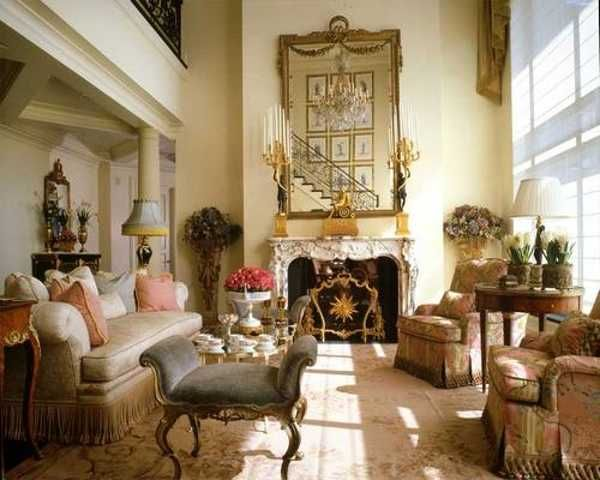 French Regency Style Influences This Living Room Interior Design
