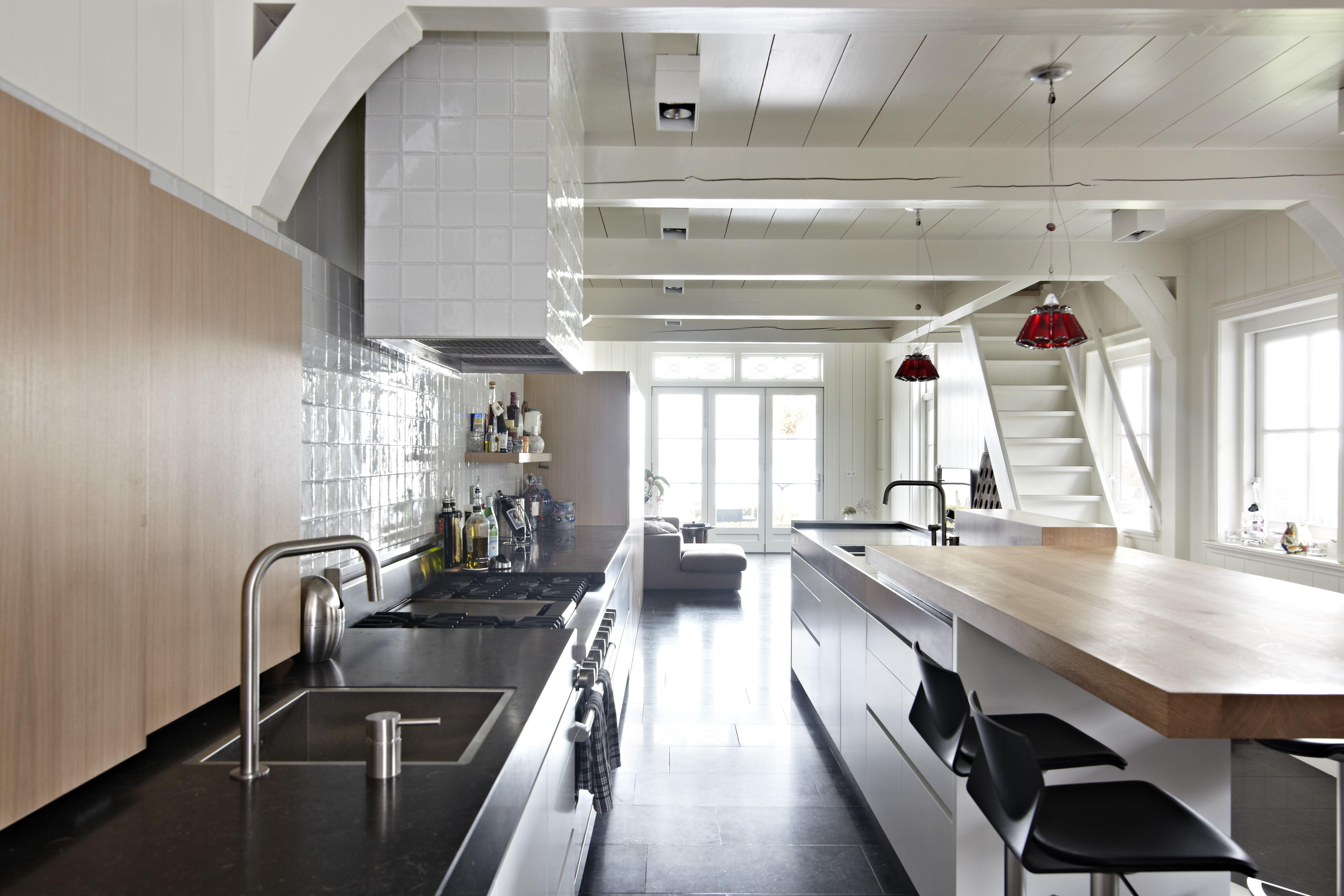 keuken #balken #plafond #eiken #hout #landelijke #stijl #tegel ...