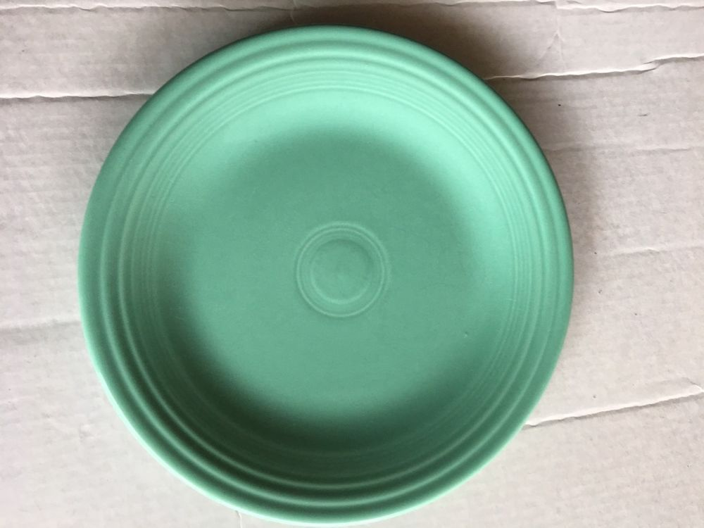 FIESTA SEA MIST GREEN DINNER PLATE 10.5\  FIESTAWARE RETIRED & Fiesta sea mist green dinner plate 10.5\