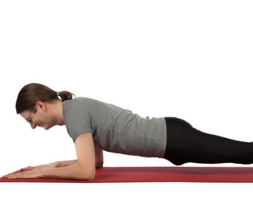 10 ab exercises that are way more effective than crunches