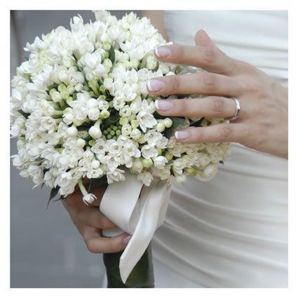 Fiori Bianchi Giugno.Bouquet Da Sposa Bohem Foto Di Matrimonio Www Maisonstudio It