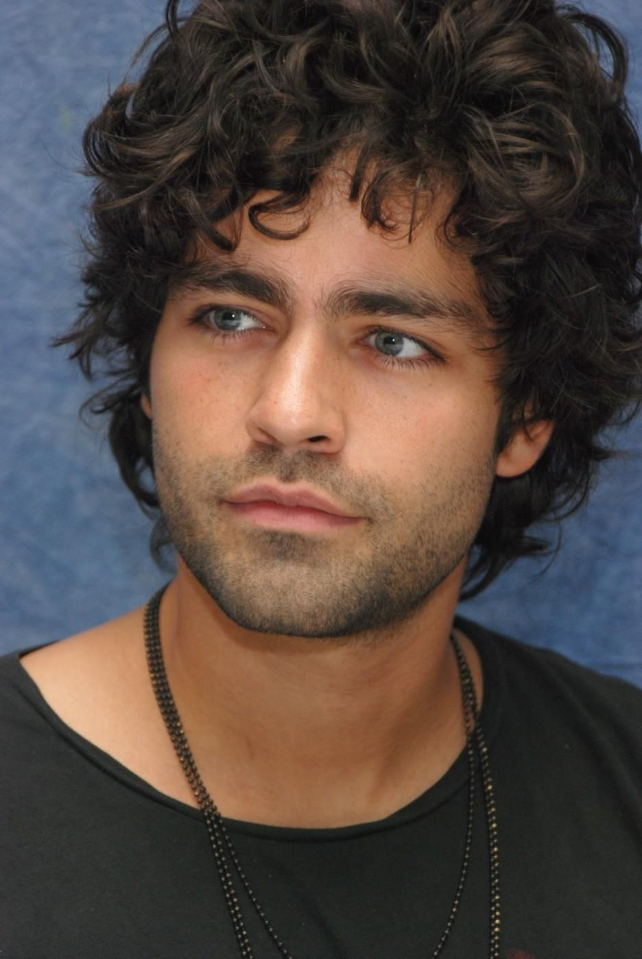 yummm ♥♥ adrian grenier (aka one of the reasons why i'm now