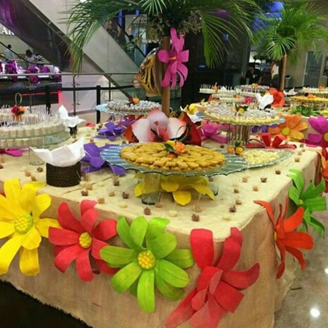 Decoraci n hawaiana ideas para fiestas pinterest - Decoracion fiesta ibicenca casera ...