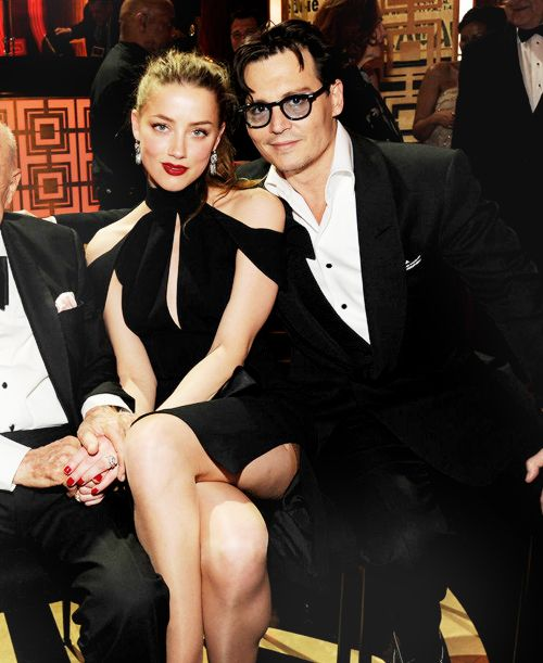Pin By Barbara Breuer On Johnny Depp Amber Heard Johnny Depp Johnny Depp Celebrity Couples