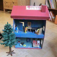 puppenhaus aus schuhkarton architektur pinterest schuhkarton basteln und basteln mit kindern. Black Bedroom Furniture Sets. Home Design Ideas