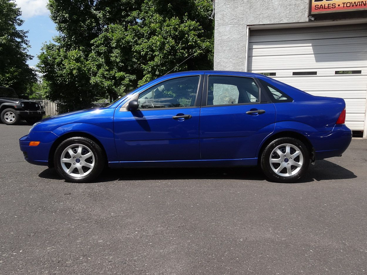 This 1-Owner 2005 Ford Focus ZX4 SE has only 89,680 miles and a perfect