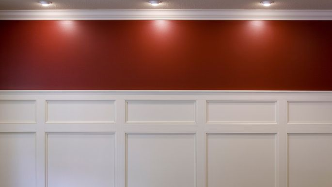 What Is Wainscoting? Pros, Cons, and Costs of This Trendy