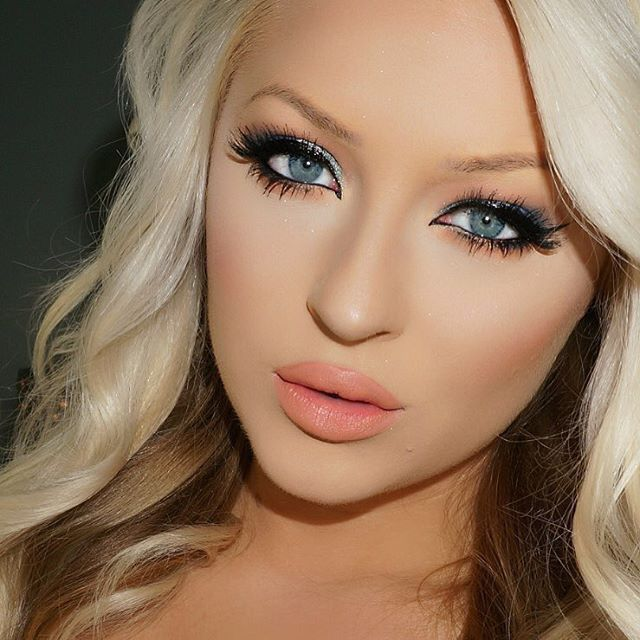 Pin by Kerrianne Cronje on Me in 2020   Gorgeous makeup