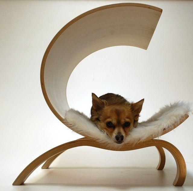 木の湾曲が美しい ワンコも安心 清潔なシェルター型ベッド Roomie ルーミー ワンコ 犬と猫 犬のスペース