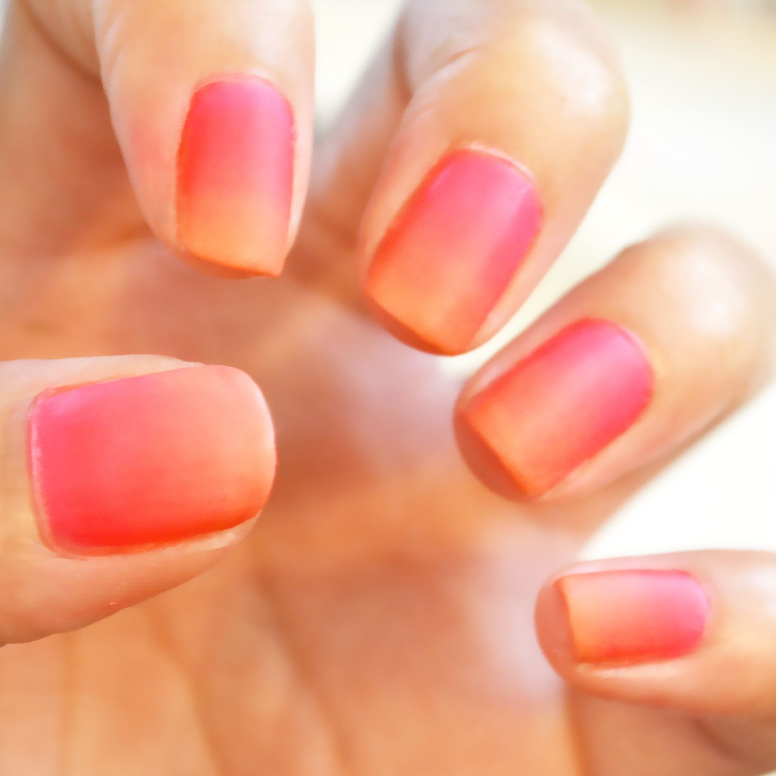 How To Do Ombre Nails Coral ombre nails, Ambre nails