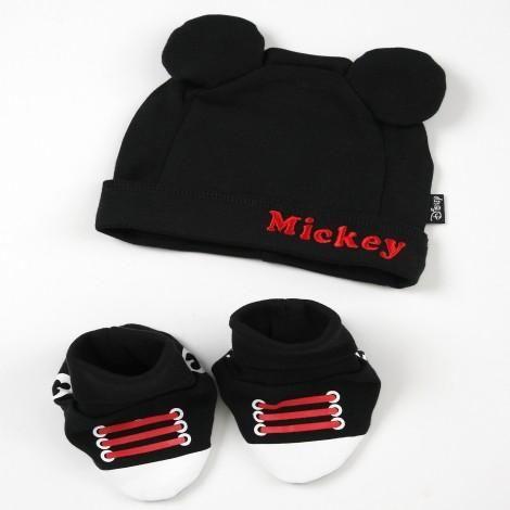 Disney Cuddly™ Cap   Bootie Set - MICKEY MOUSE  da9dcda52637