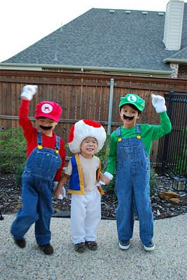 mario toad luigi costumes pinterest. Black Bedroom Furniture Sets. Home Design Ideas