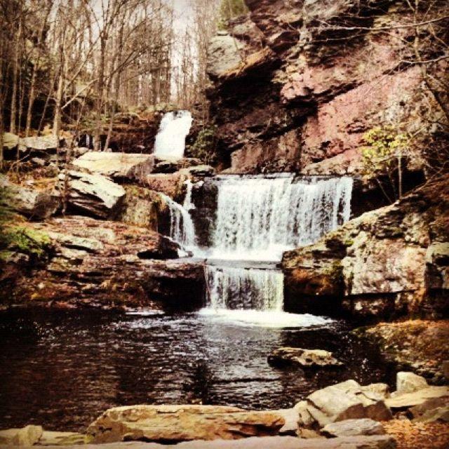 Skytop Lodge Waterfall Adventure Places To Go Poconos Resort