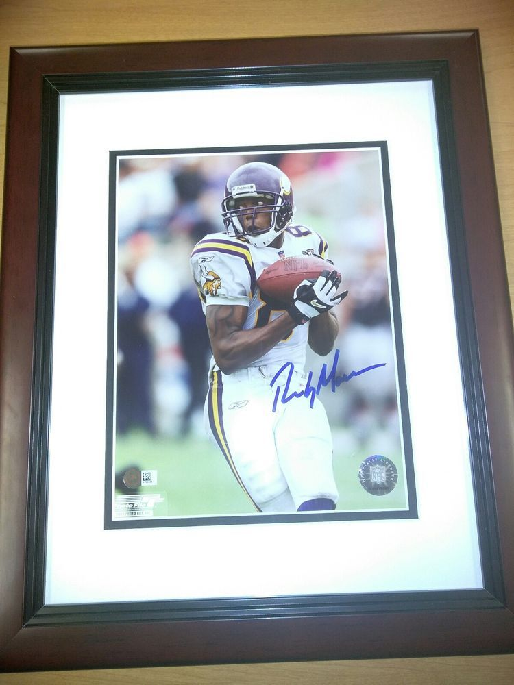 timeless design 230cf 07c92 Randy Moss Autographed Photo Sports Memorabilia With COA ...