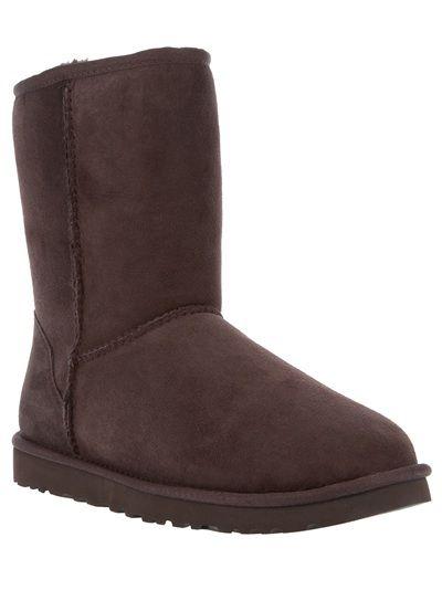 UGG  Classic Short  Boot. UGG  Classic Short  Boot Botas Marrons 4f6fb7b254d00