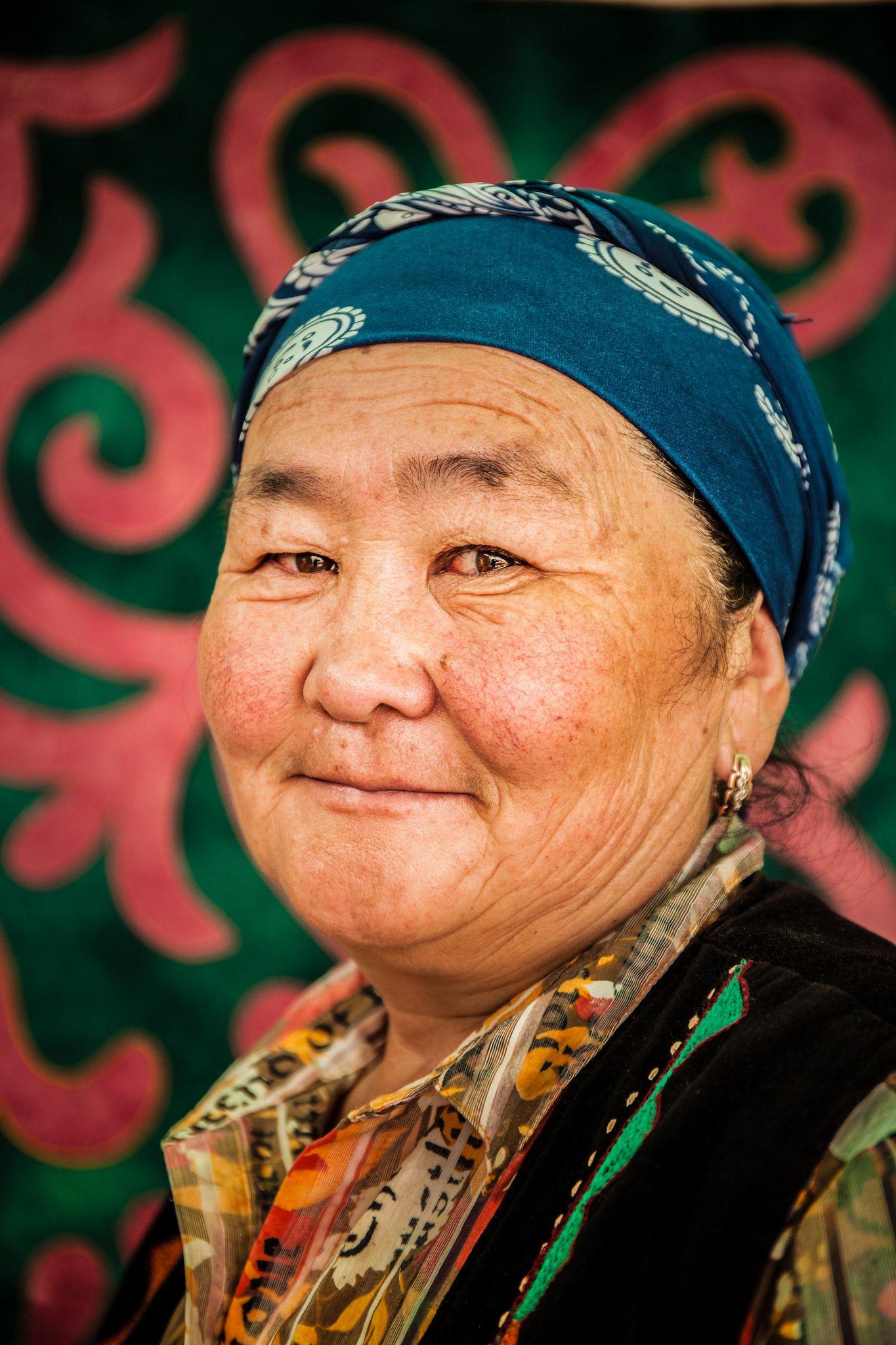 Women in Kyrgyzstan - Wikipedia