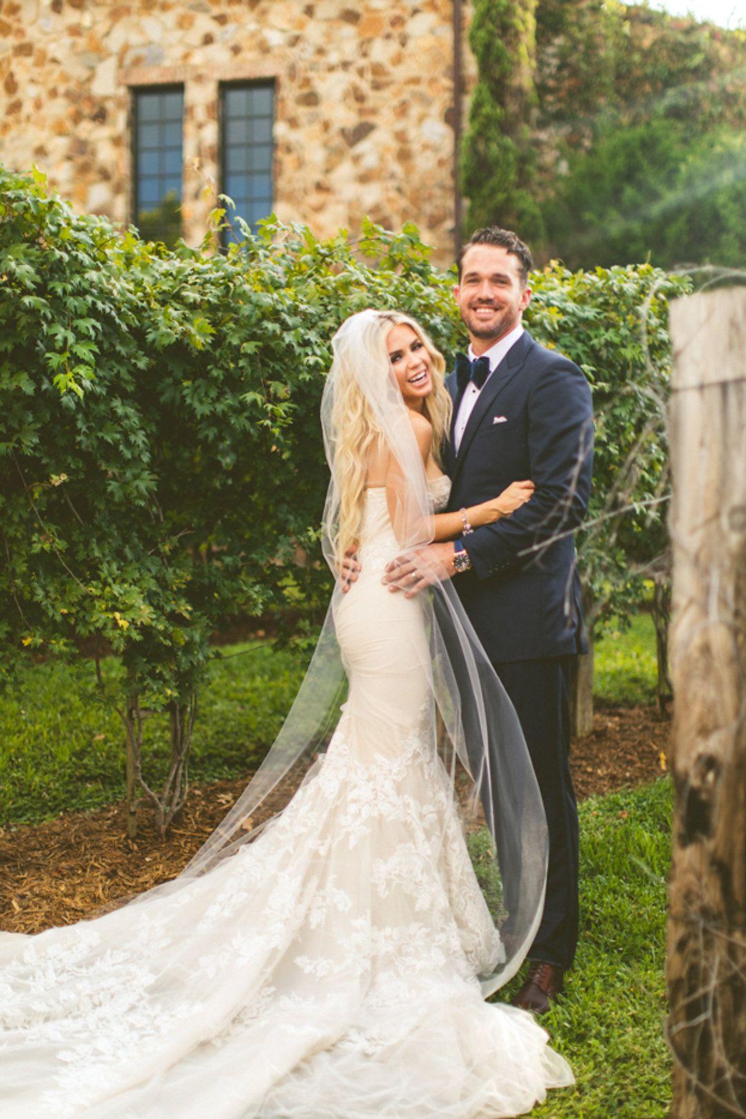 Twilight Rustic Barn Wedding  Hochzeitskleid, Hochzeit
