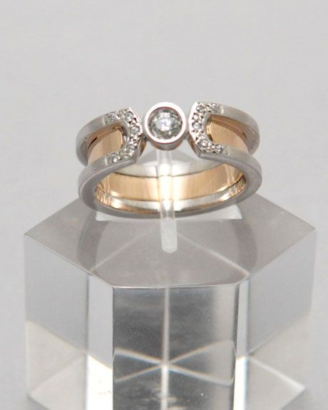Oro Blanco, Oro Rosa y diamante www.elioro.com