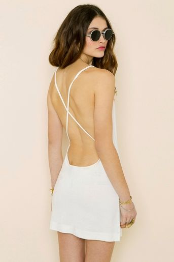 54a4be2511d4 Love this backless dress!