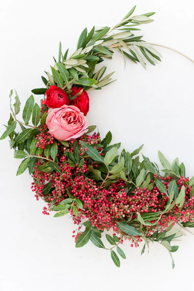 Photo of The Half Wreath is the Only Way We're Doing Wreaths This Year