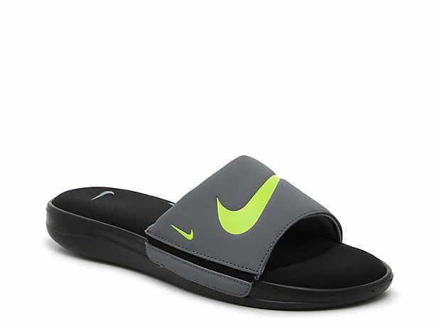 nike flip flops dsw