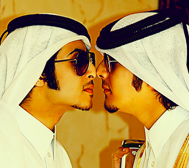 Nose tipping is how men in qatar greet each other qatari people nose tipping is how men in qatar greet each other arab clothing doha m4hsunfo