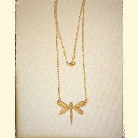 Gargantilla pequeña libélula http://elbauldepaz.tictail.com