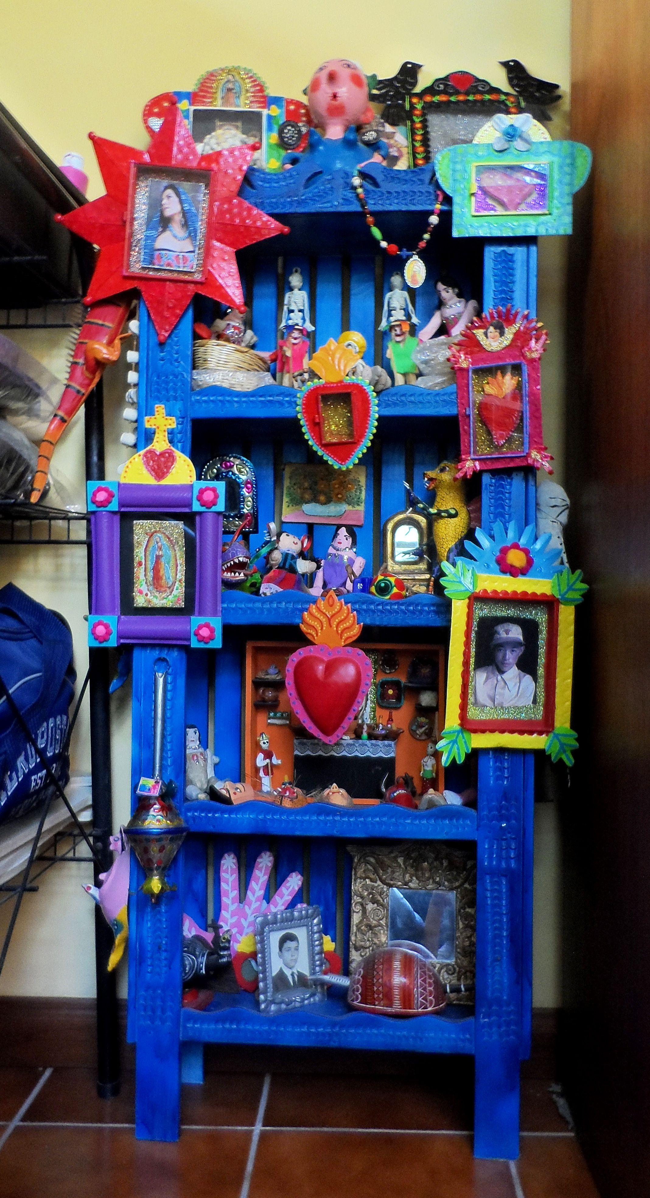 Un mueble mexicano m xico creaciones mias en 2019 for Idea de muebles quedarse