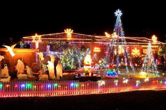 Xmas Lights Around Brisbane Australia Pictures Fun Videos Christmas Lights Christmas House Lights Christmas World