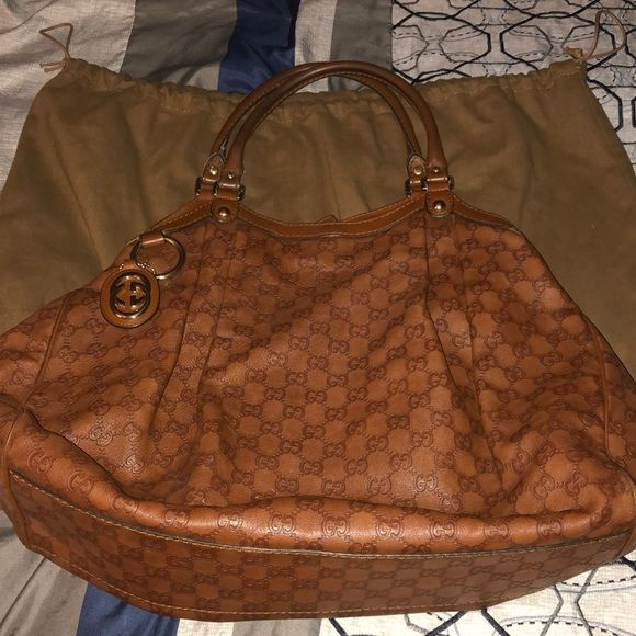 1d62e2ccb003 Gucci Sukey Tote with GG charm Large camel color Gucci Sukey Tote with GG  charm and