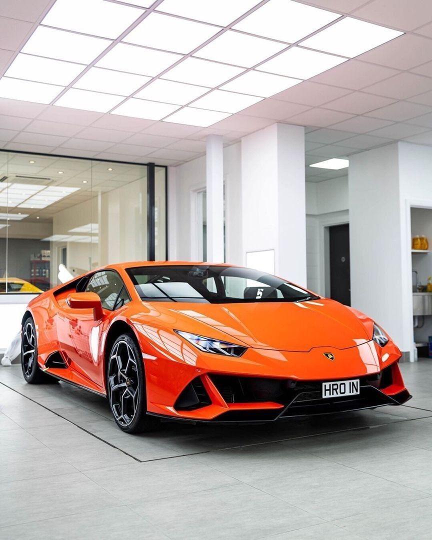 Pin By Juliettesosa On Lamborghini In 2020 Lamborghini Cars Fast Sports Cars Super Cars