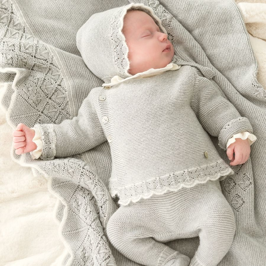 Newborn Gifts That are Fit for Royalty  Fashion.Luxury  Newborn