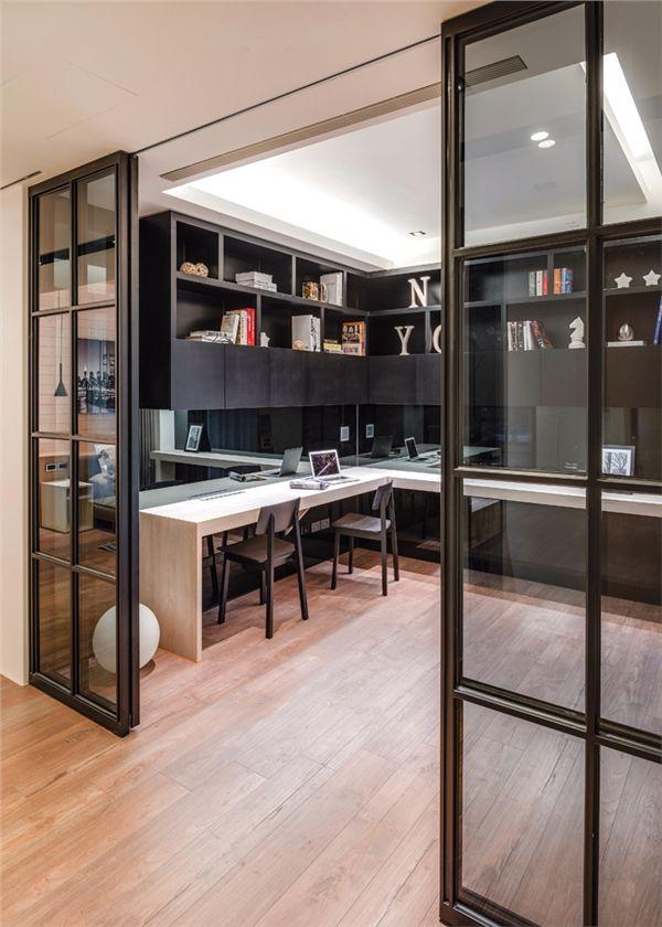 Bureau interieur met stalen deuren glasses en 2019 for Puertas decorativas para interiores