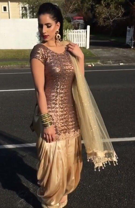 8937e7a2 Pinterest: @pawank90 | Salwar Kameez in 2019 | Punjabi suits, Indian ...