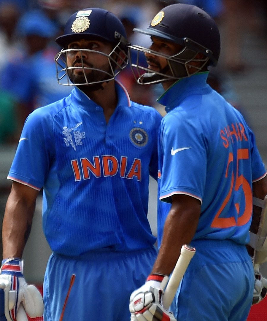 Virat Kohli and Shikhar Dhawan have a word, India v South