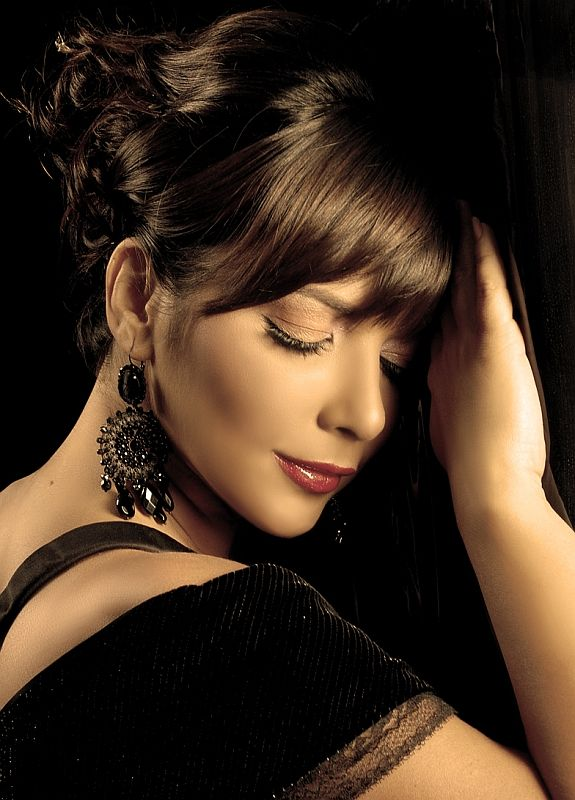singer middle eastern singles Find middle eastern pop albums, artists and songs, and hand-picked top middle eastern pop music on allmusic.