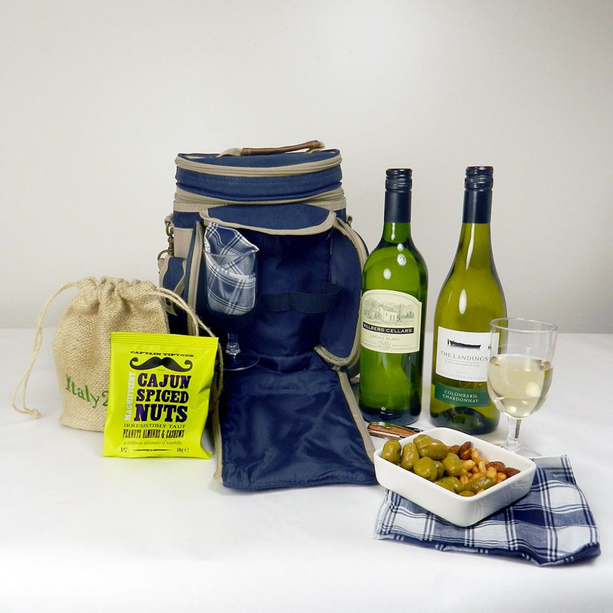 sundowner picnic cool bag gift £ from hay hampers  picnic  - sundowner picnic cool bag gift £ from hay hampers