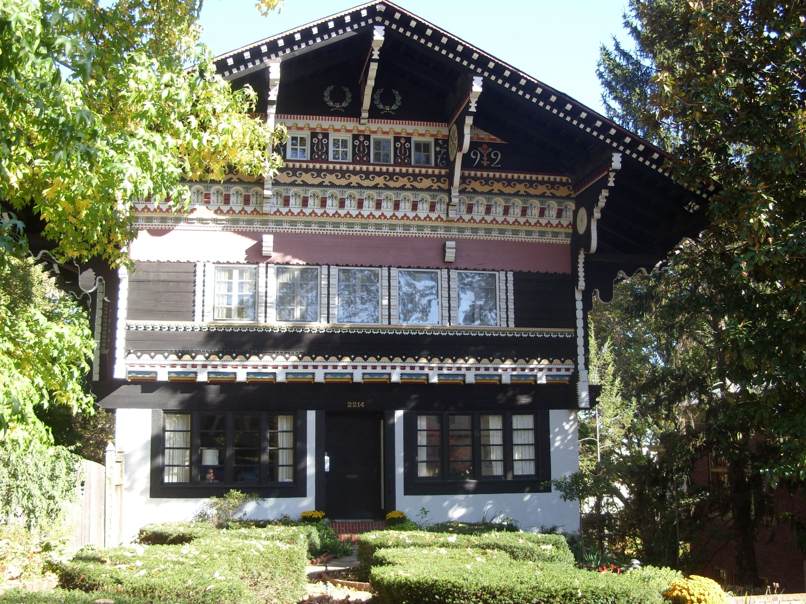 Swiss Chalet Decor Swiss Chalet Style Google Search Chalet Style Pinterest