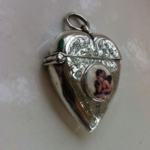 Solid-Silver-Heart-Shaped-Vesta-Enamel-Cherub-Angel-Hallmarked-BHam-1924